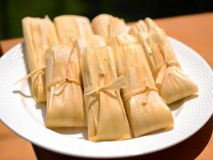 20150429-tamales-plate-full-joshua-bousel